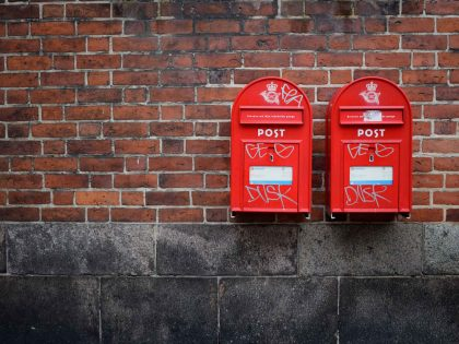 Red Mailboxes. Adding shared mailboxes to Microsoft Outlook 2016 on an Apple MAC