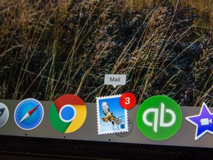 Webmail icon on an Apple MacBook - Purple | Certified Apple IT Support Tech How to - Microsoft Office 365 webmail.